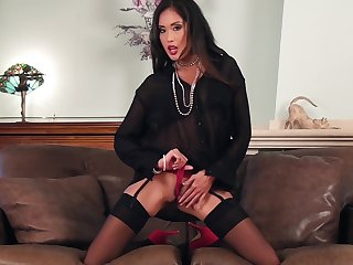Asian ill-lit MILF Beverly masturbates in stockings and self-assertive heels