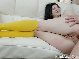 Spoils of too orbit ill-lit Agata Sin deserves spanking and brutal anal